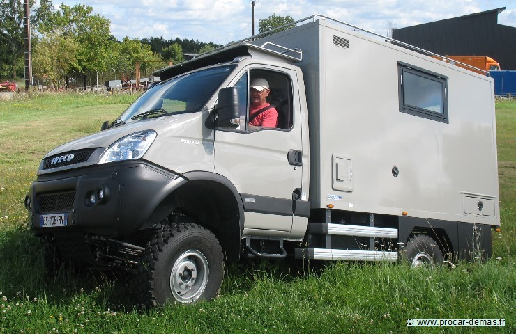camping car 4 roues motrices