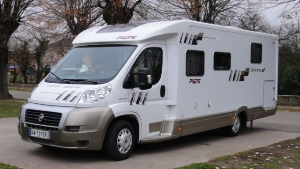 camping car a vendre le bon coin le sp cialiste du camping car. Black Bedroom Furniture Sets. Home Design Ideas
