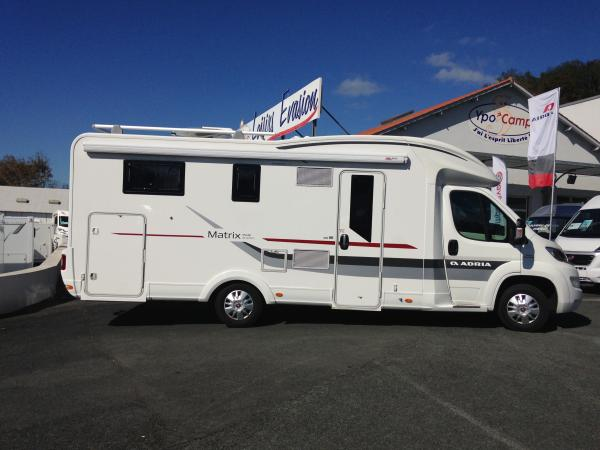 camping car adria matrix