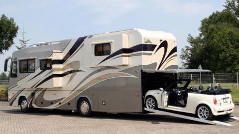 camping car avec voiture
