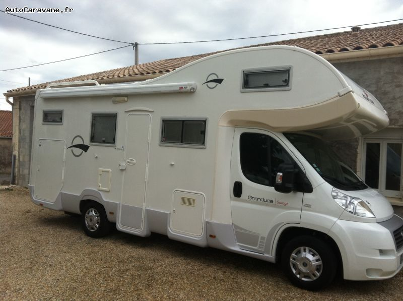 camping car capucine grande soute garage