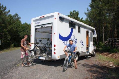 camping car capucine soute garage