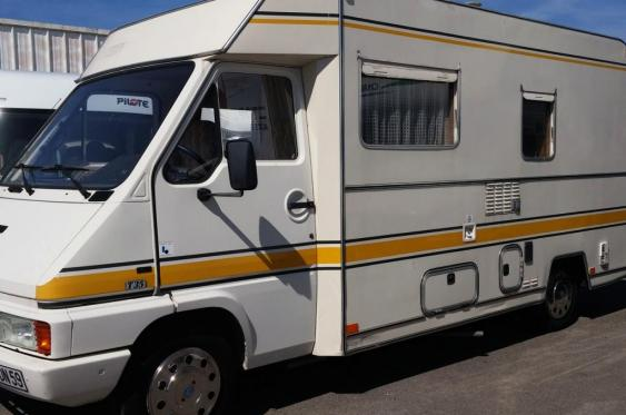 camping car integral 4 couchages occasion