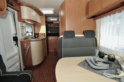 camping car integral burstner aviano i 675