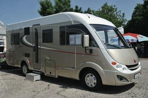 camping car integral burstner aviano i 684