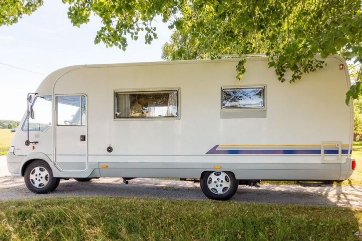 camping car integral burstner i 642