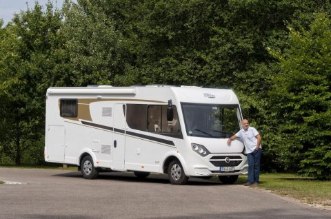 camping car integral carado