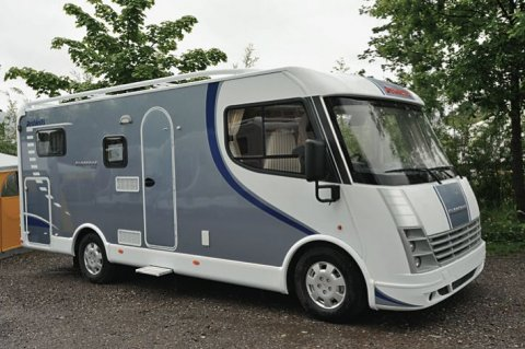 camping car integral dethleffs globebus i1