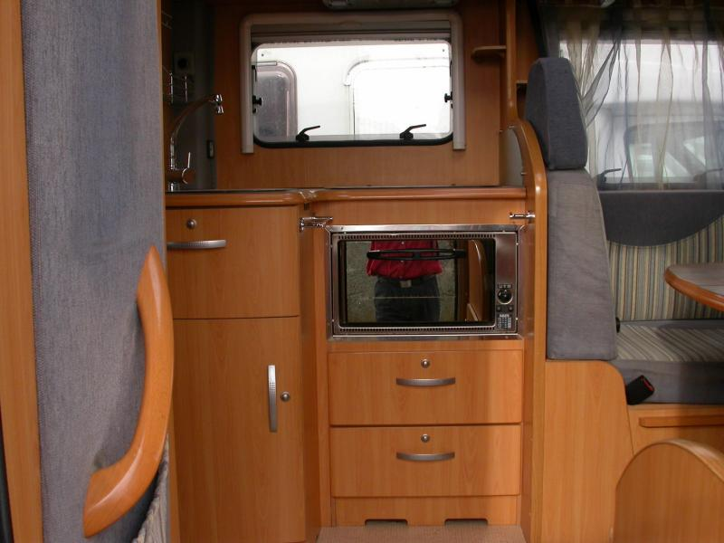 camping car integral g735 pilote lit jumeaux