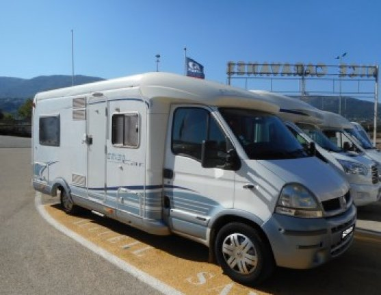 camping car integral hymer eriba jet 646