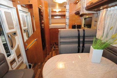 camping-car integral knaus sun liner 650 lg