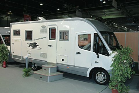 camping car integral laika ecovip h 720