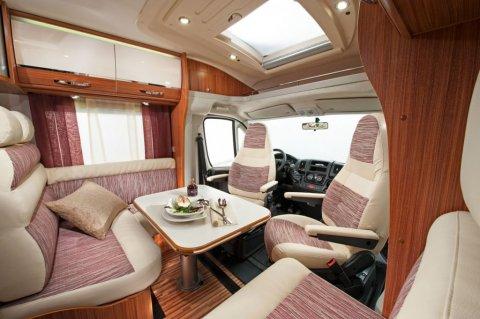 camping car integral lit central moins de 7m