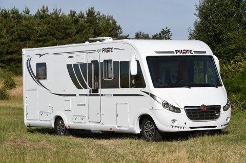 camping car integral pilote 2019