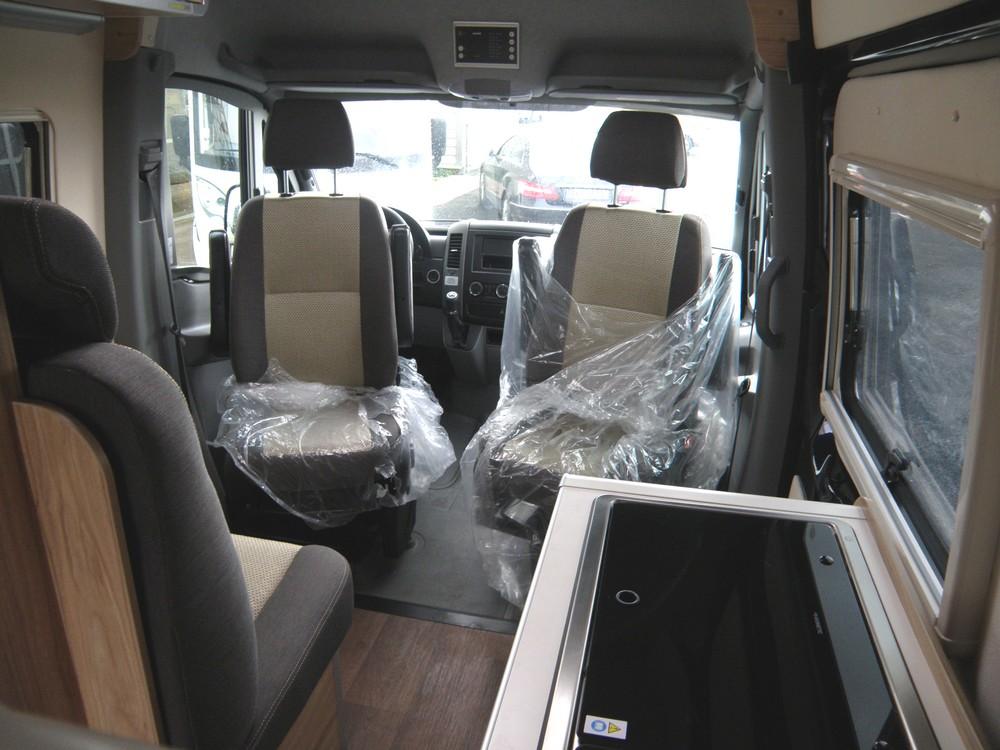 camping car integral rapido 883f