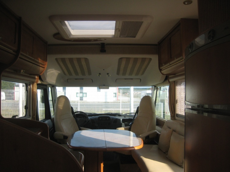 camping car integral rapido 985 m