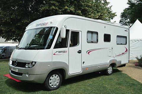 camping car integral rapido 986 f