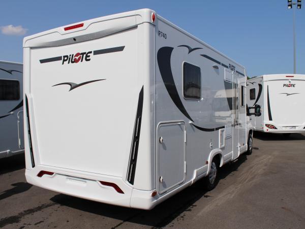 camping car pilote integral 2018