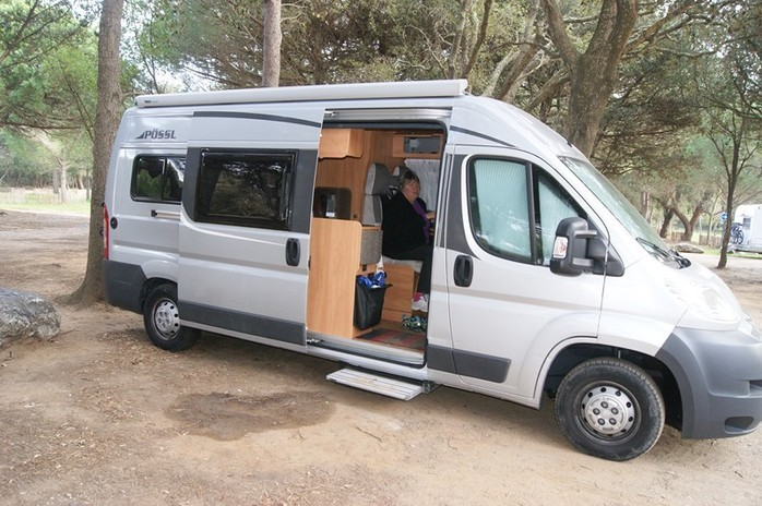 location camping car 2 places marseille