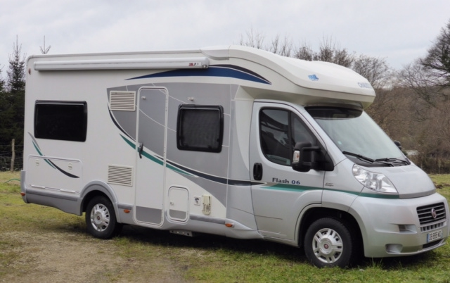 location camping car 3 couchages