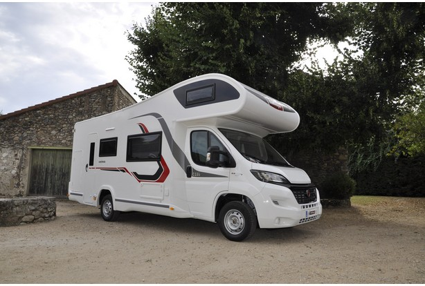 location camping car 7 places bordeaux