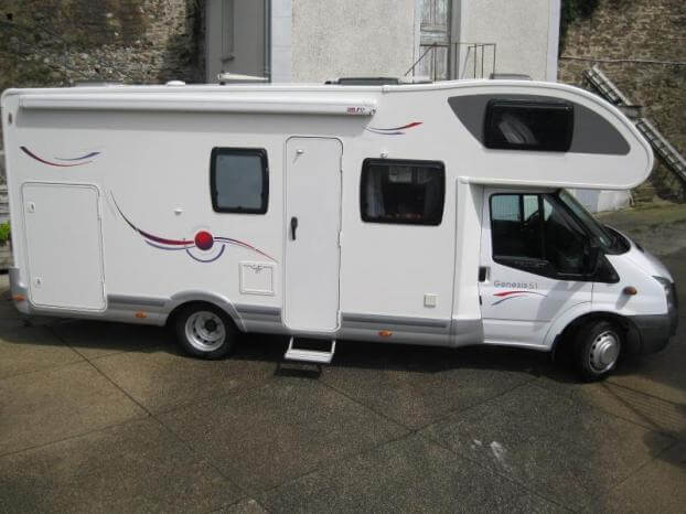 location camping car 7 places narbonne