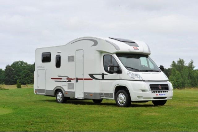 location camping car a nantes