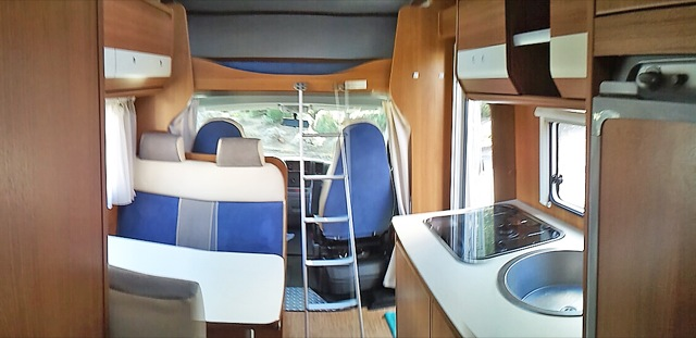 location camping car draguignan