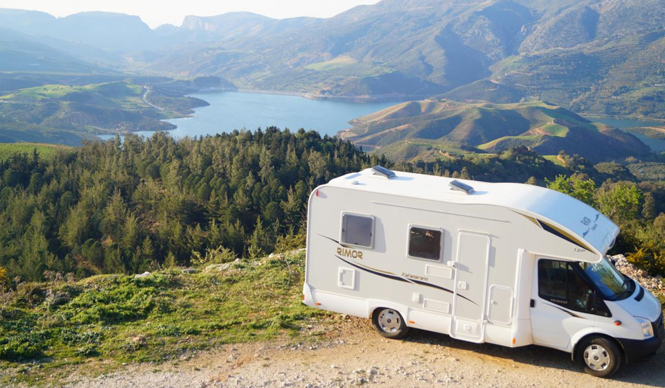 location camping car en crete