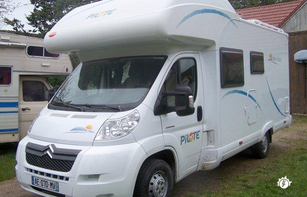 location camping car orgeres