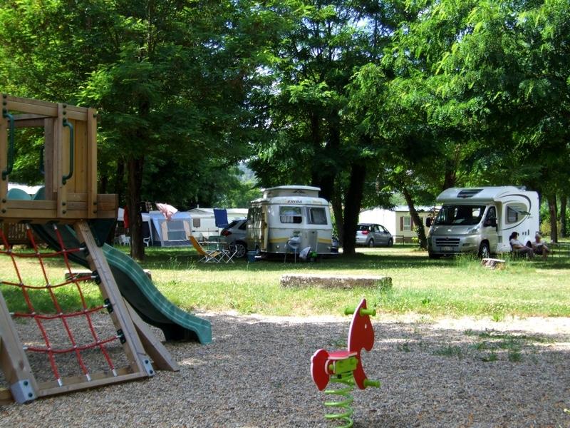 location camping car plan de campagne