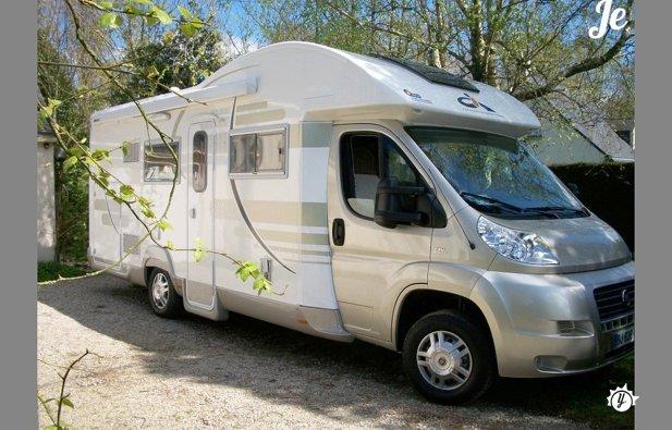 location camping car questembert