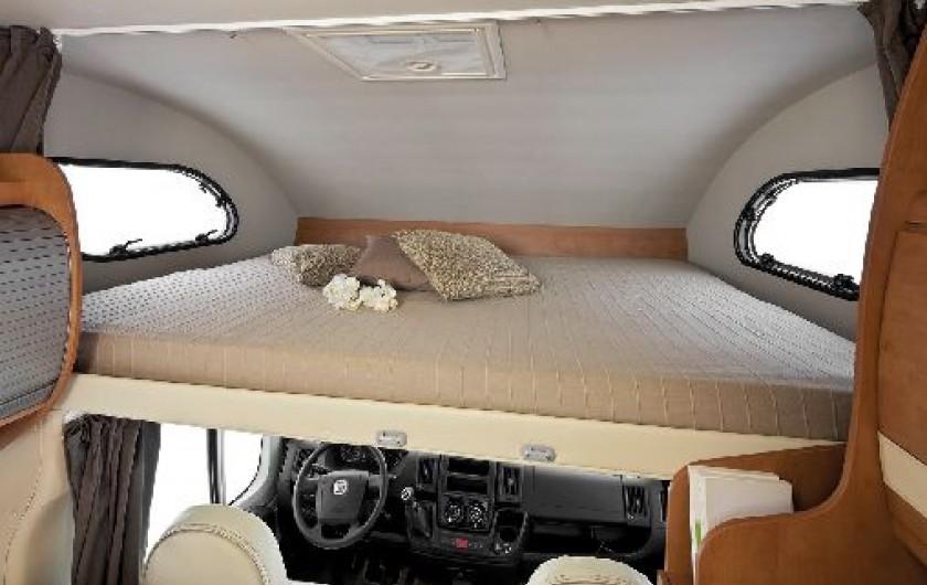 location camping car riom