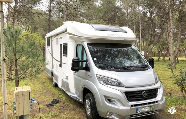 location camping car roanne