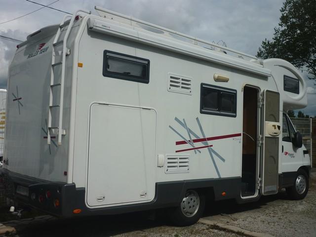 camping car capucine soute garage occasion