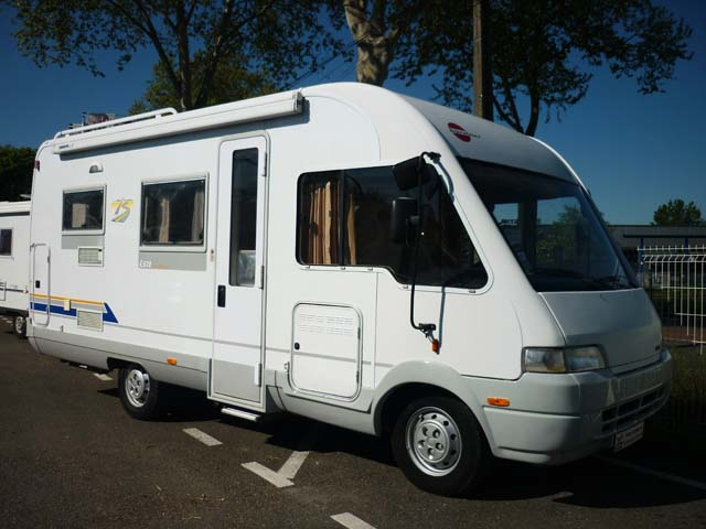 camping car integral burstner i 647