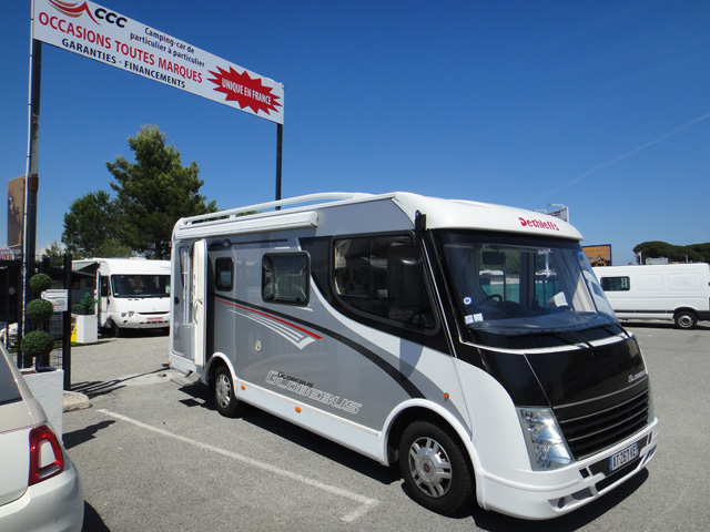camping car integral dethleffs globebus i5