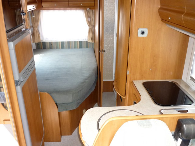camping car integral eriba jet 636