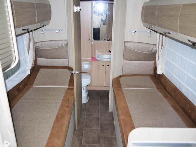 camping car integral lit jumeaux
