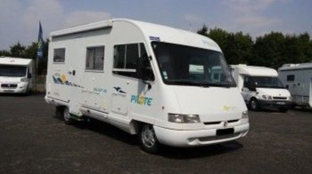 camping car integral occasion vendee