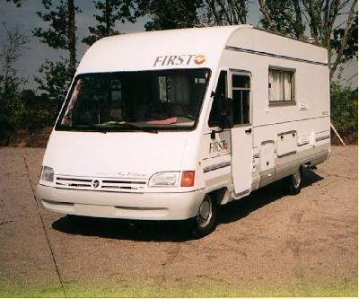 camping car integral pilote first 84
