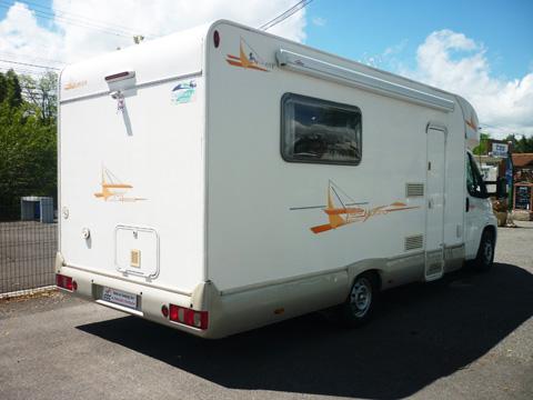 camping car katamarano