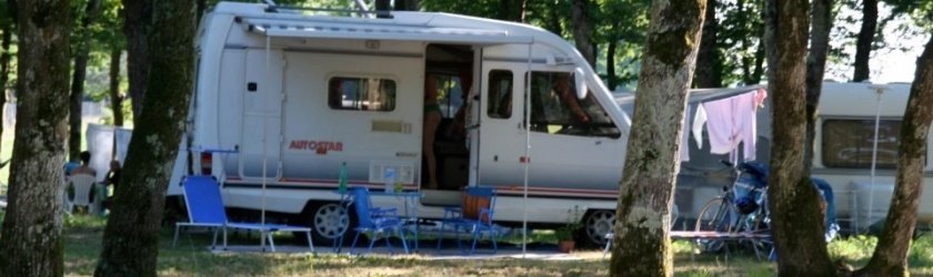 location camping car 38160