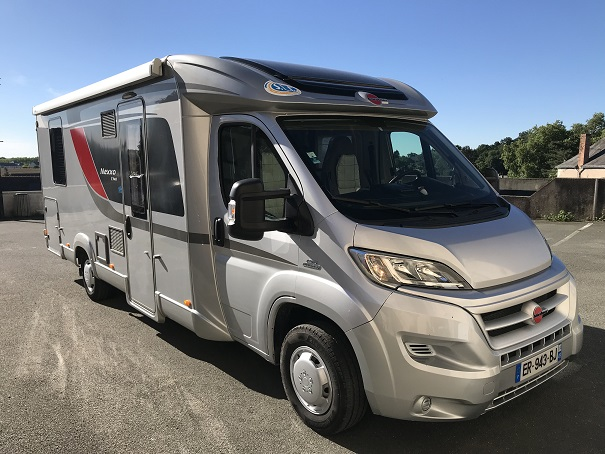 location camping car angers 49